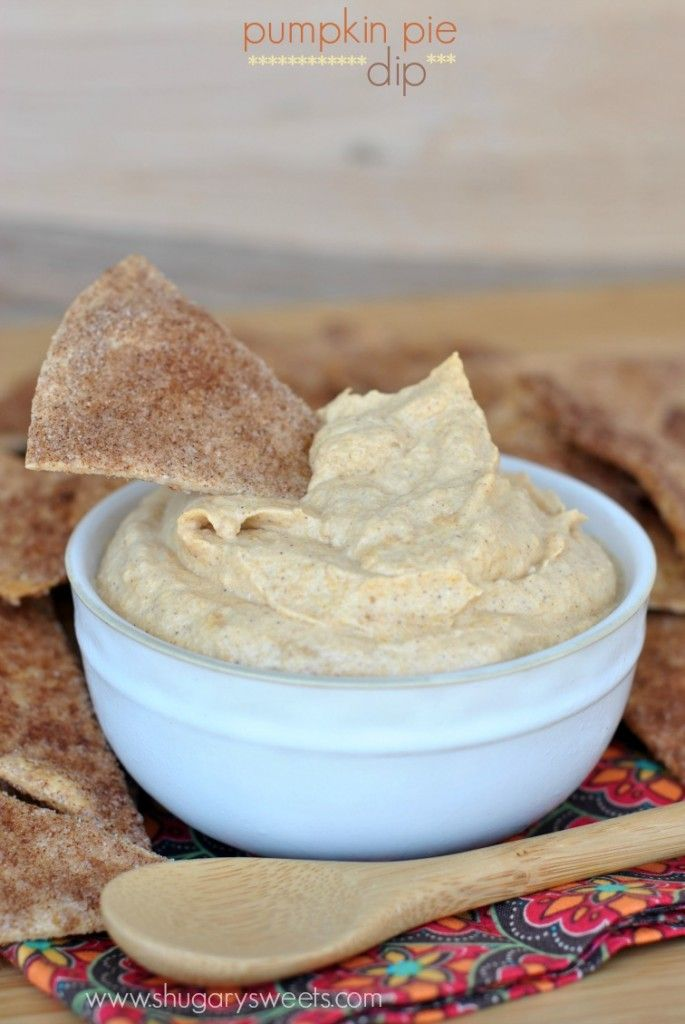Pumpkin Pie Dip - made with greek yogurt, this is a guilt free treat!