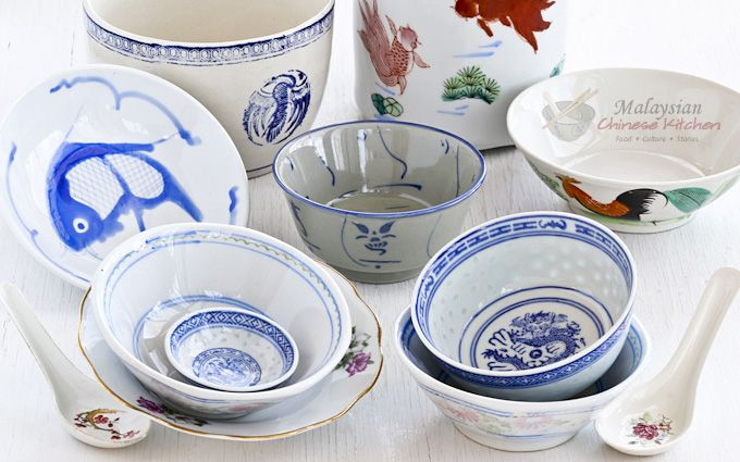 Malaysian Chinese ceramic ware has been an important part of how the food was presented in family dining. Different wares were used for different occasions.