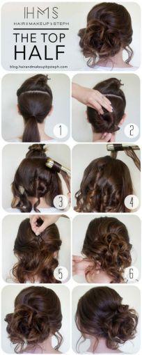 O dividir el cabello en dos, con la parte baja hacer un chongo y con el cabello sobrante simular un chongo despeinado.