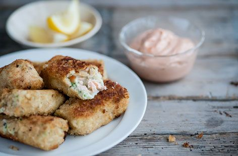 Salmon and smoked haddock fishcakes | From the @Russ Maloney British Chefs Cooking with Kids collection | Tesco Real Food