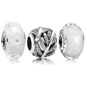 ♥ #Pandora exclusively at #Capri #Jewelers #Arizona ~ www.caprijewelersaz.com ♥ Angelic Charm Set