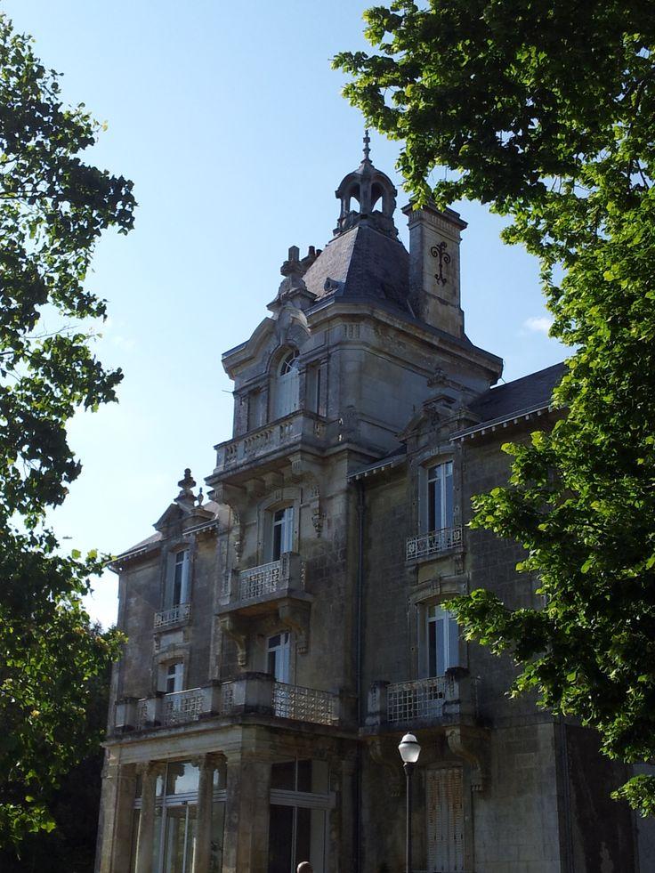 43 best maisons charmantes demeures de charme images on pinterest house beautiful beautiful - Demeure de charme dom architecture ...