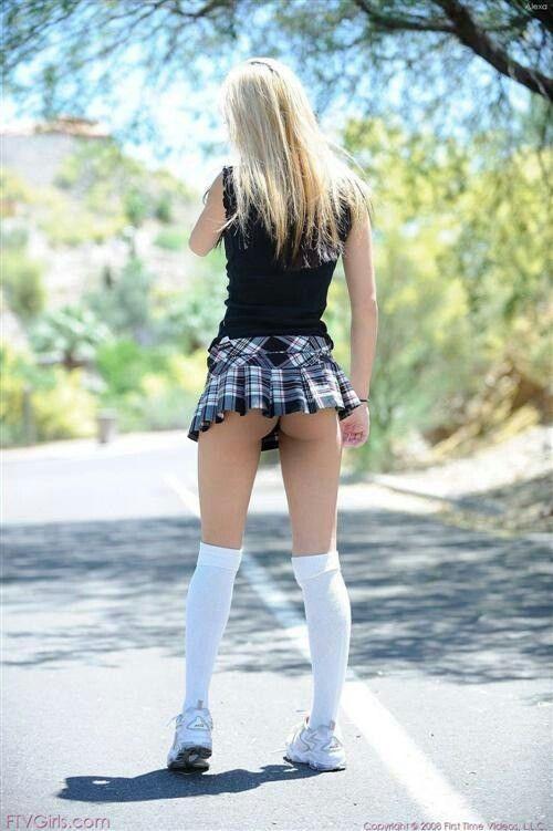 mini skirt school girl | School Girls | Girls in mini ...