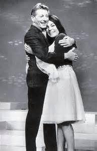 Uit een aflevering van The Danny Kaye Show uit 1965 met Nana Mouskouri.