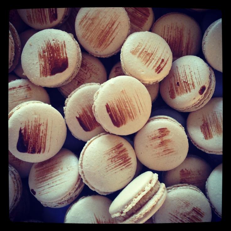 Caramelised White Chocolate and Rooibos Macarons