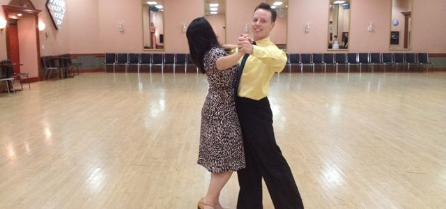 If you are searching for private dance lessons London, then why are you not try a lesson with an experienced instructor from Salsa Tropical of Dance? Get in touch, for more information connect us!