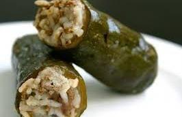 Κουπέπια (ντολμαδάκια) με κιμά