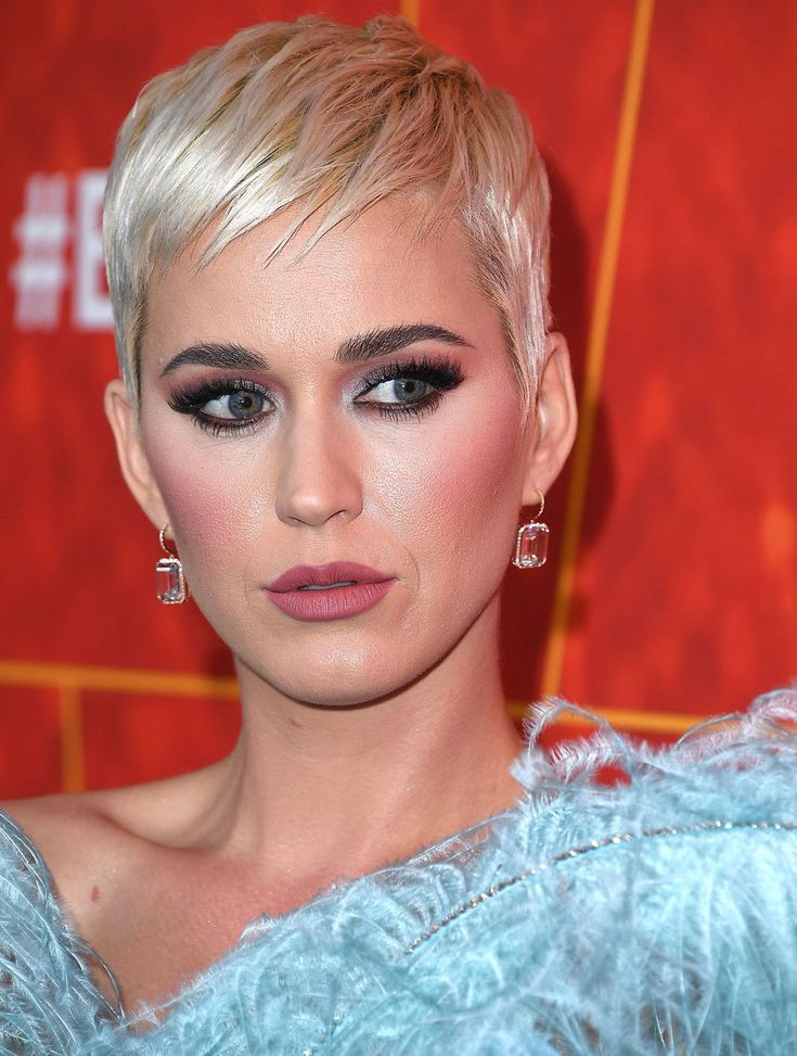 Celebrity Makeup Looks To Inspire Your Holiday Beauty | HuffPost Life
