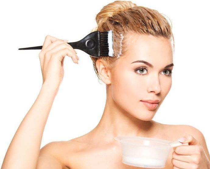 Organik Saç Boyası Nasıl Yapılır ?  Saç boyalarının her ne kadar güzellik adına yapılan bir işlem olmasının yanı sıra kimyasal içerikli olan maddeler bulundurması da hem saçlara hem de saç derisine ciddi zarar vermektedir. Bu sebeple evde organik olarak saç boyanızı kendiniz hazırlayabilme imkanına sahipsiniz.  Özellikle de saç derisine çok büyük zarar veren saç boyaları, geçici olan bir güzellik sağlasa da aynı zaman da saçların dökülmesine, seyrelmesine ve yıpranmasına neden olabilir. Son…