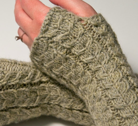 Hobo Gloves Knitting Pattern : 178 best images about crochet / knit hobo gloves on Pinterest
