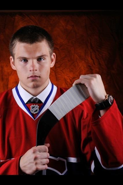 Alex Galchenyuk - @AGally94 - avec le chandail des #Canadiens de Montréal. #Habs
