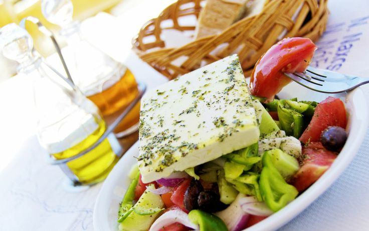 Tag til Lefkas og smag lækker græsk mad. Se mere om Lefkas på http://www.apollorejser.dk/rejser/europa/graekenland/lefkas