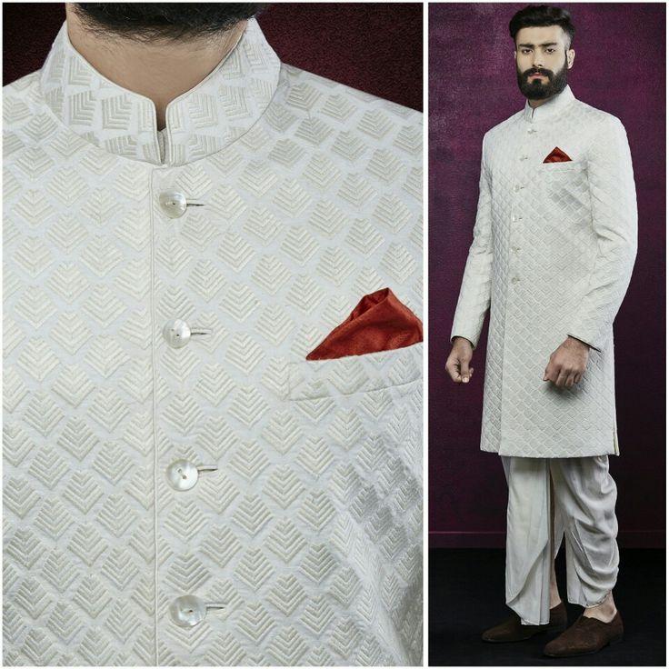 #anitadongre #bridal #bride #groom #menswear #menstyle #kurta #bandi #brides #rajasthan #india #indian #handcrafted #handmade #sherwani #prints #embroidery