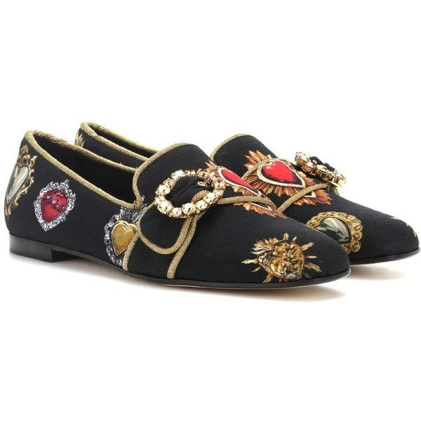 Dolce & Gabbana Embellished Ballerinas ($930) ❤ liked on Polyvore featuring shoes, flats, black, black ballerina flats, dolce gabbana flats, ballerina flats, ballet shoes and ballet flats