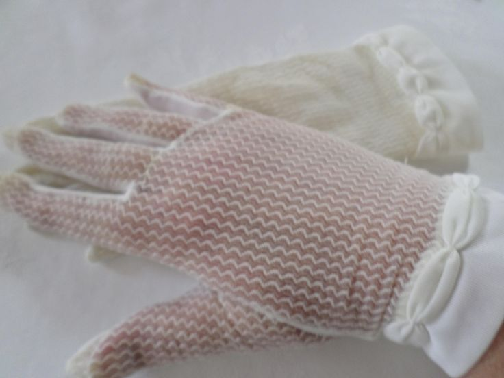 Vintage gloves , Empire made , Cream gloves , sheer fabric , Vintage 1950's by RetroWARDROBE on Etsy