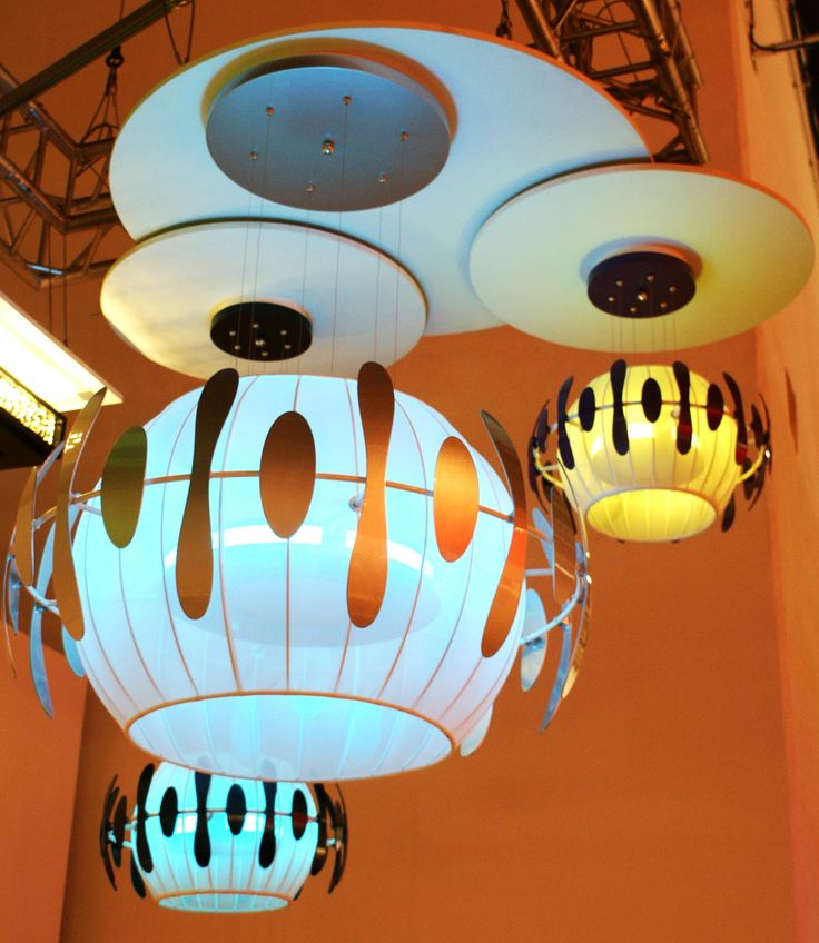 LED lamp With RGBWW - New World  http://www.led-verlichting.org