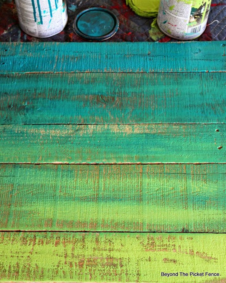 Paint Technique, Ombre, Project Challenge, DIY http://bec4-beyondthepicketfence.blogspot.com/2015/01/project-challenge-1-paintstain-two.html