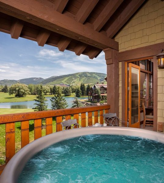 The 11 Most Romantic Weekend Getaways In The U.S.