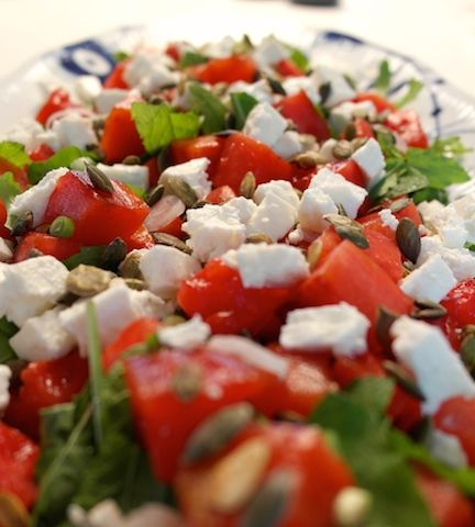 Grilled watermelon salad with mint, arugula and feta cheese | FoodFamily