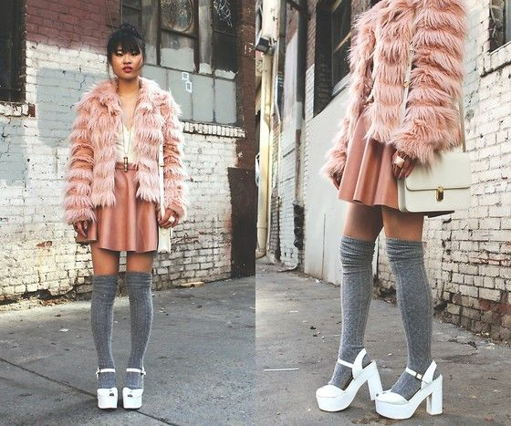Veste - Jupe - Chaussettes - Chaussures - Sac - Saumon - Gris.Bi Natalie, Blushes Tone, Natalie Liao, Leather Skirts, Winter 2012, Outfit Inspiration, Closets Vegan, Vegan Leather, Fashion Inspiration