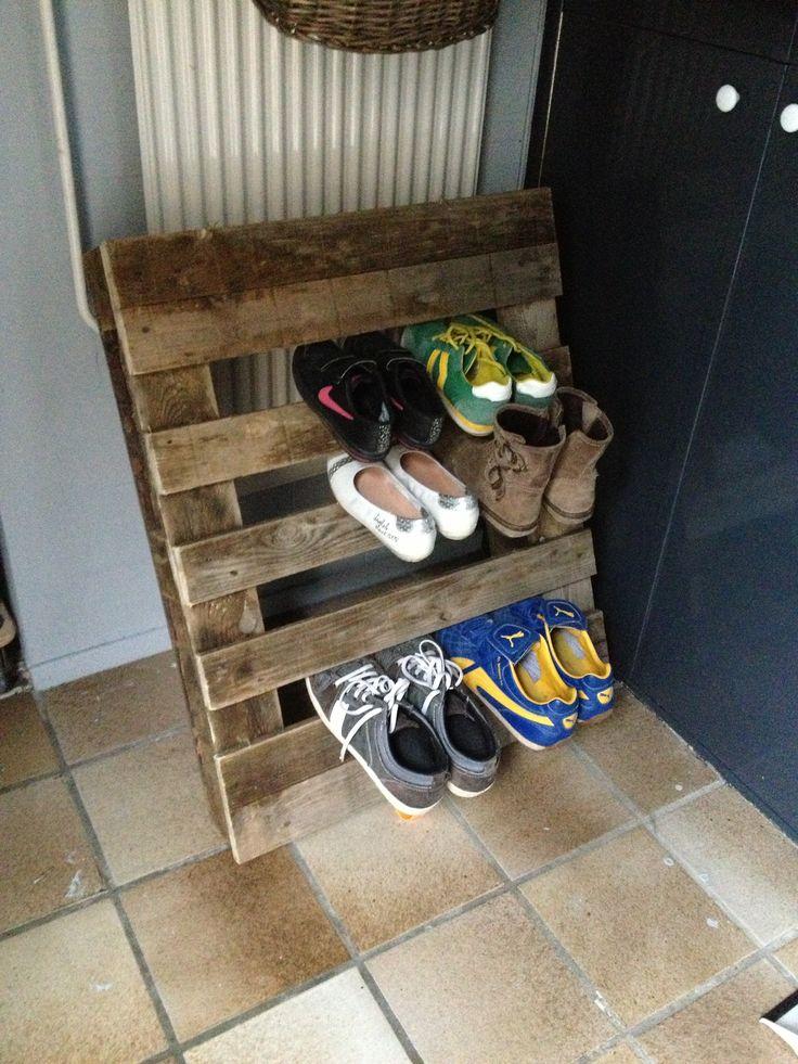 Palletart Made The Shoe Rack Van Pallethout Schoenenrek