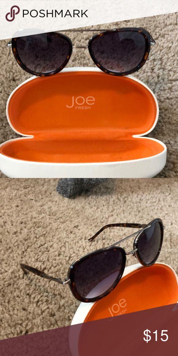 b4ee4491d Joe fresh sunglasses Not used a couple times. In great condition!!!  Tortoise shell design Joe Fresh Accessories Sunglasses | My Posh Closet in  2019 ...