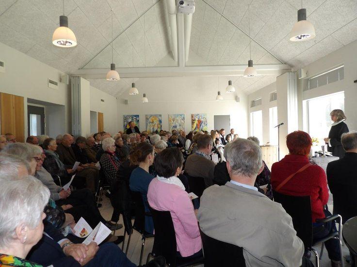 Sdr. Bjert Kirke er under renovering, derfor blev påskens gudstjenester hér holdt i sognehuset.