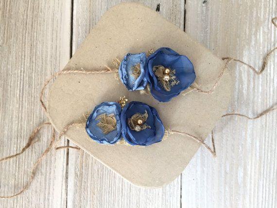 Fleur en Satin bleu et or embrasse bandeau par andWhatnotBoutique