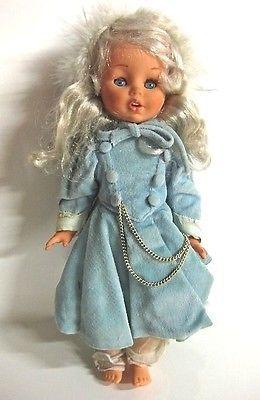 VINTAGE-1960s-15-FURGA-ELISABETTA-DOLL-blonde-hair-blue-coat-eyes-close-Italy