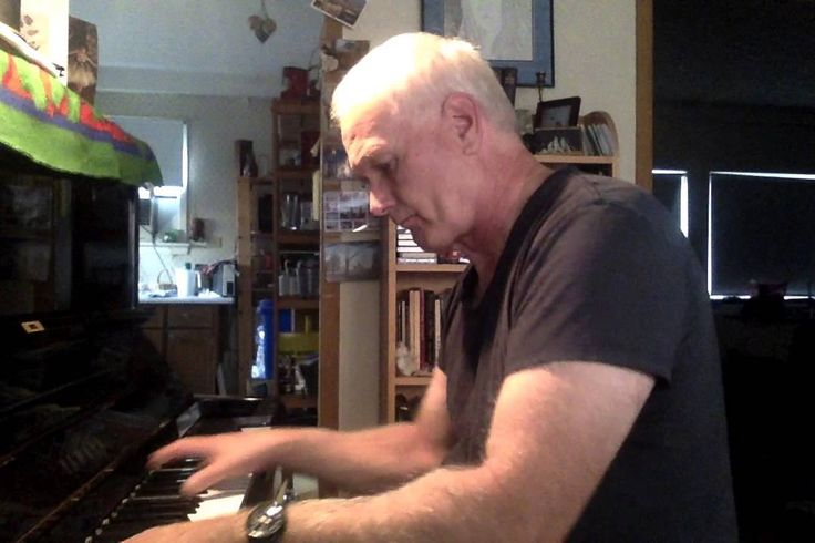 Robert Long performs one of his newest ballet class music compositions: Adage (for adage exercise, or port de bras, developpes). Sheet music available.https://www.youtube.com/watch?v=arTOslB3ygs http://rlongballetmusic.com