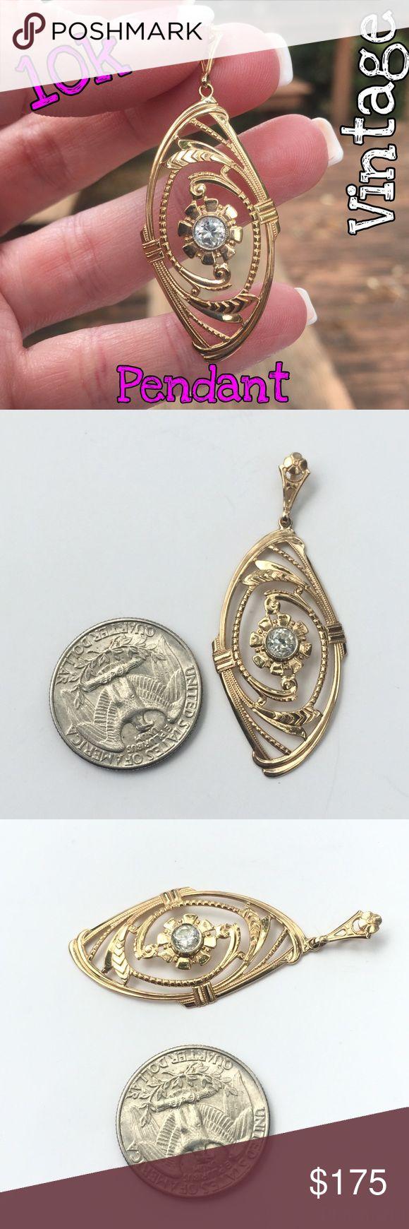 10k vtg large ornate clear stone flower pendant flower pendantwhat s thevintage jewelryshipsweightsstonespendantsjewelry necklacesyellow