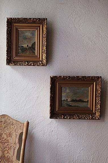 緩やかな景観 美しき額縁-antique watercolor picture frame それぞれ水彩画に関して、空の切り取り方が先ず心地良く。たっぷり豪華な装飾が為されたゴールドの額縁はそもそも油絵用だったかと思いますが、鷹揚に構える思考へと誘う2点の大らかな風景画に対してそのアンバランスさもツボを得て。絵のサイズはw210 h150(縦横反転)です。