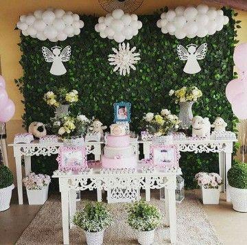 Como adornar una mesa para bautizo jardin arreglos para for Decoracion bautizo nina jardin