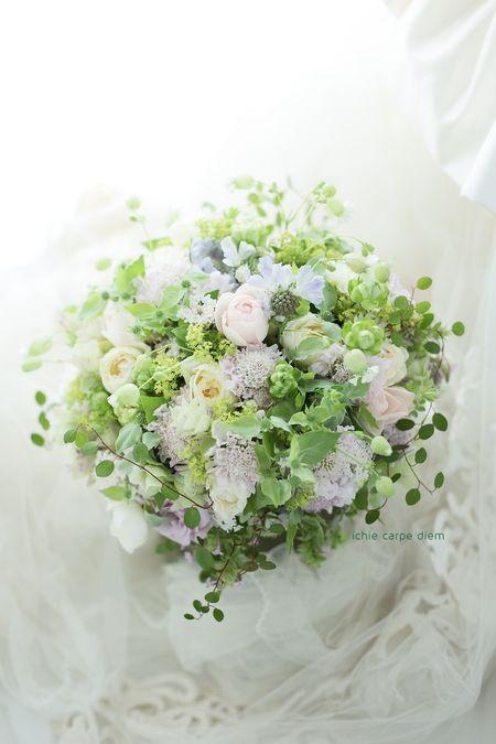 明治記念館様へお届けした3シェアブーケ。 実は数年前に、お姉さまの結婚式で 装花を担当させていただいた方。 妹様の結婚式でした。 ...