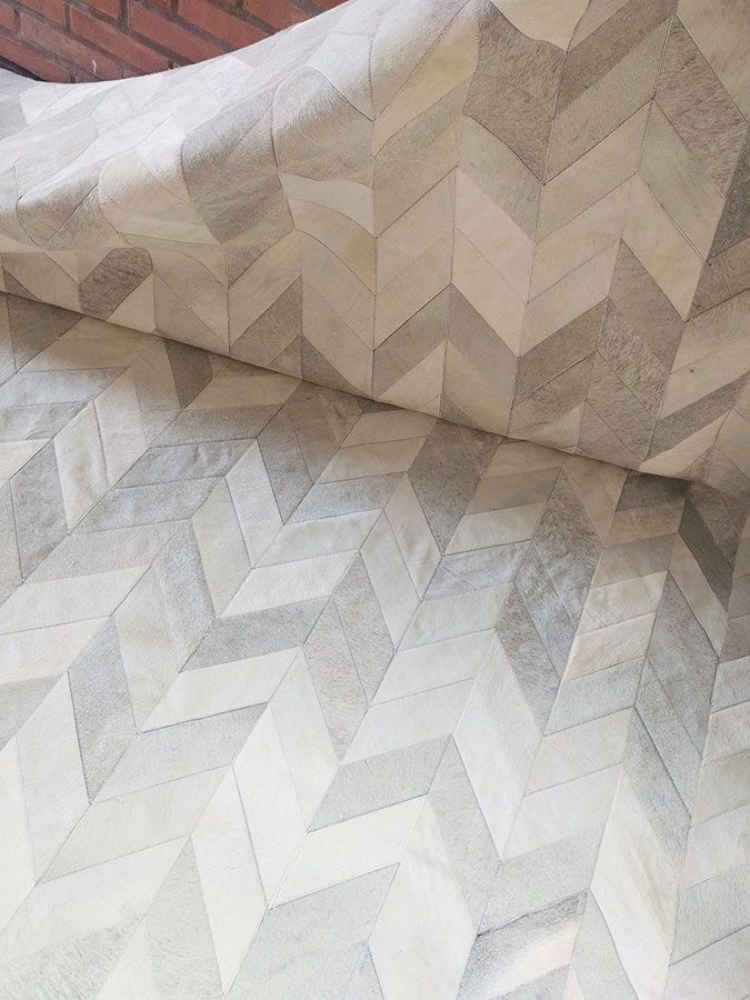 Wow Wow Massive Light Gray Chevron Patchwork Cowhide Rug A Star Shinerugs Com Patchwork Cowhide Patchwork Cowhide Rug Cow Hide Rug