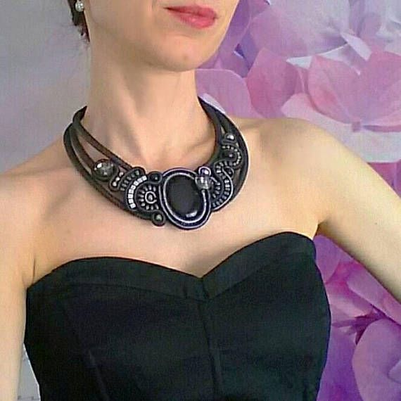 A statement bib necklace made in soutache embroidery technique with natural gemstone onyx, high quality crystals and hematite. It fits comfortably around neck, lengh is adjustable. Amazing with little black dress or any formal dress. Each piece of jewelry is hand craft with love and care. ♥
