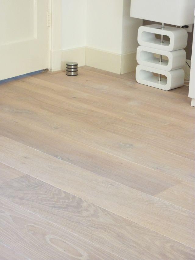 21 beste afbeeldingen over eiken vloeren op pinterest huiskamers nederlands en tegel ontwerp - Deco witte tegel ...