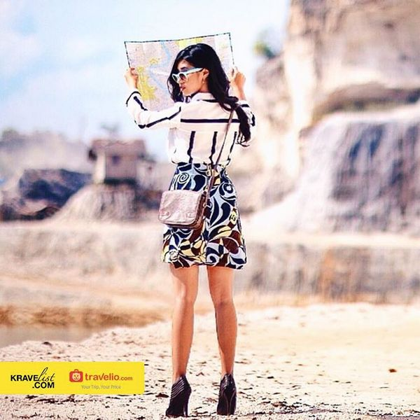 And our winner for #KravelistxTravelio best holiday outfit photo challenge is Charlene Gondo (@chanelene)  Congratulations for winning a free night at Banyan Tree Resort, Ungasan, Bali!  All participants are getting IDR 200,000 (per person, per account) voucher at Travelio.com, please kindly check your direct messages for confirmation.