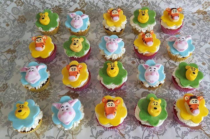 Winnie the Pooh cupcakes - muffinki Kubuś Puchatek