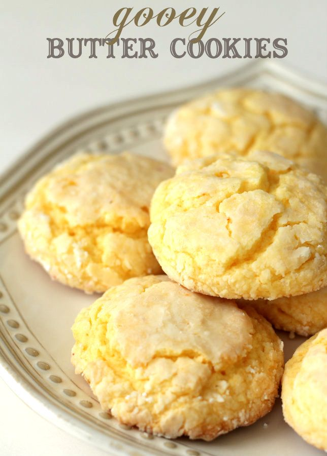 We love these Gooey Butter Cookies - so easy and so yummy! #cookies