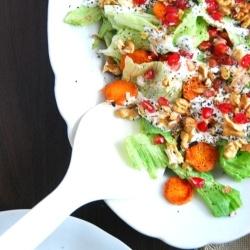 Walnut-pomegranate salad