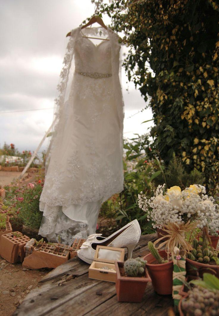 Wedding accessories Wedding bouquet Wedding shoes Wedding rings Bride Shoes Bride bouquet Dress Bride Wedding Dress