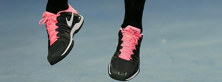 The King in pink. Roger Federer's shoes in 2013 Aus Open 2nd round match against Nikolay Davydenko.