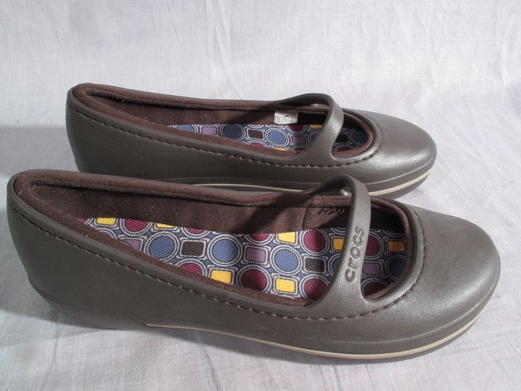 Women's Crocs Shoes Brown Size 9 W Slip-on Fabric Lining Rubber Low #Crocs #Slipon
