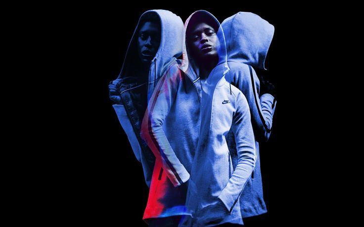 La tradición y la evolución tecnológica se unen en lo nuevo de #NIKE, Nike Tech Fleece Aeroloft, para ofrecernos dos prendas, una parca para mujer y una chaqueta para hombre, realizadas con los más potentes aisalntes del frío: la felpa y las plumas, llevadas hasta su máximo esplendor de resistencia, transpiración y ligereza. El súper abrigo de esta temporada #FW14.  #fashion #NikeTechFleeceAeroloft