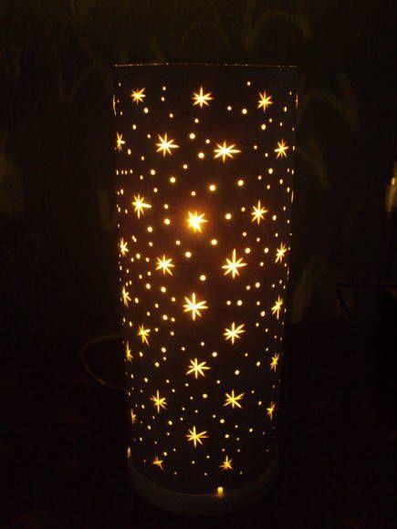 Luminária em pvc com lindas e delicadas estrelinhas