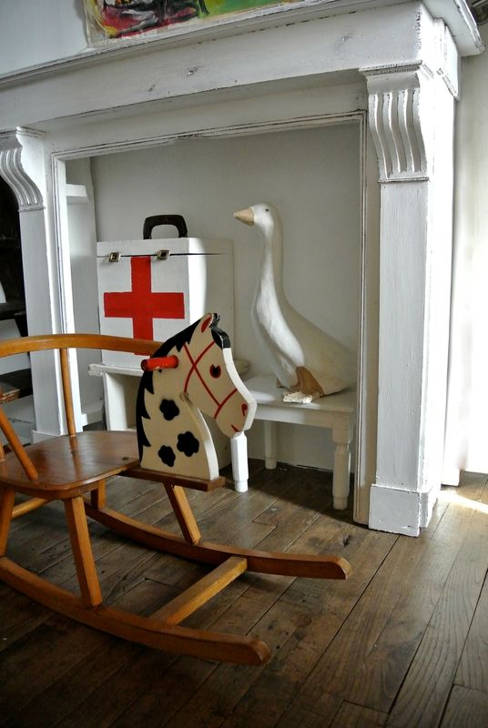 Les 25 meilleures idées de la catégorie Cheval de bois sur Pinterest Fersà cheval, Artisanat  # Croix Rouge Fontenay Sous Bois