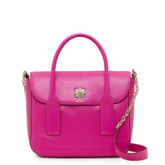 A bright pink handbag to cheer me up this spring (hopefully). This would be so great against an all black outfit with a gorgois scarf to go along with it!