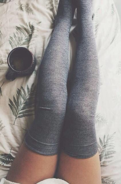 1ab7f5d8013f21c9b669e8f271985aa4--thigh-high-socks-outfit-thigh-socks.jpg