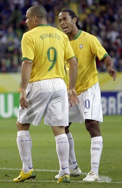 877a9af6f only Brazil had two Ronaldo ball players